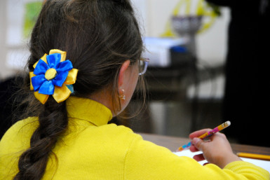 Ukrainian patriotism even in hair accessories!